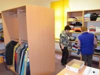 Šatník Charity Ostrava pro lidi vnouzi