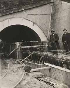Struskový tunel [str. 138 – 145]