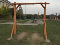 Areál hřiště za školou bude otevřen otýden dříve než loni