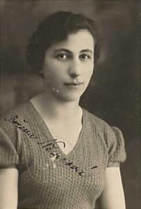 Božena Němcová v r. 1934 [str. 206 – 219]