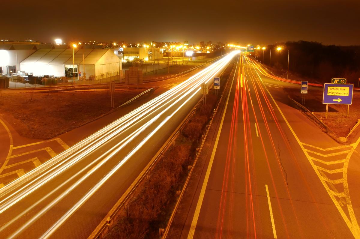 Petice za zrušení dálniční známky mezi FM aOstravou je kpodpisu ivHrabové