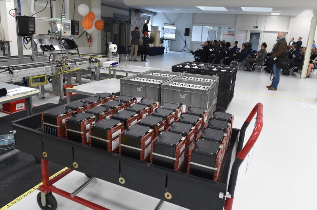 A123 Systems otevřel vOstravě továrnu na výrobu baterií, zaměstná až 150lidí