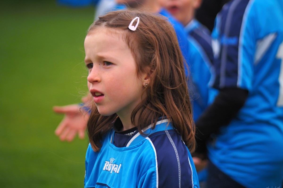 Děti porazily ve fotbale rodiče