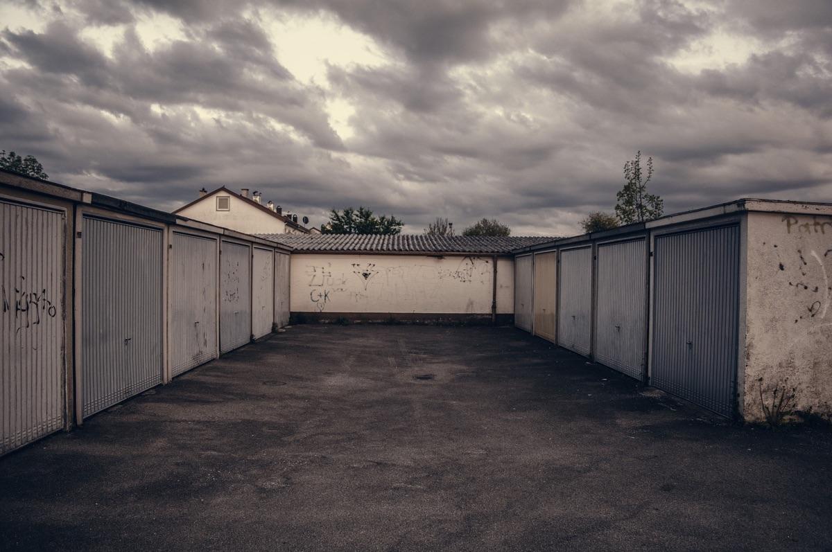Poptávka: garáž na Šídlovci