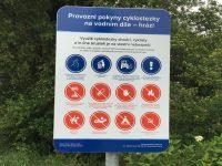 Povodí Odry instalovalo na stezku značku sprovozními pokyny