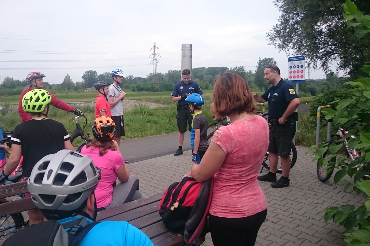 Komise pro děti amládež: Pokus ovýstup na Javorník – 19.9.2020
