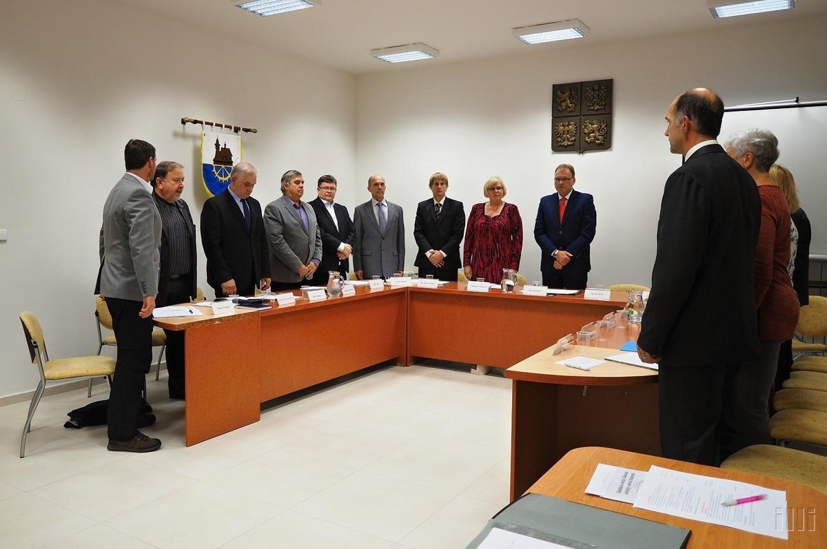 První zasedání nového zastupitelstva Hrabové