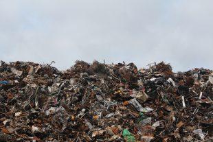 Petice: STOP drcení odpadů vHrabové