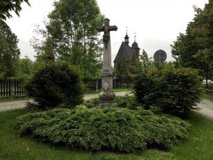 Zelená Hrabová: Hrabovský kříž zroku 1792 – bude náležitě opraven?