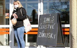 Deník: PODÍVEJTE SE: Ostrava-Hrabová: Lidé si pomáhají amyslí ina místní živnostníky