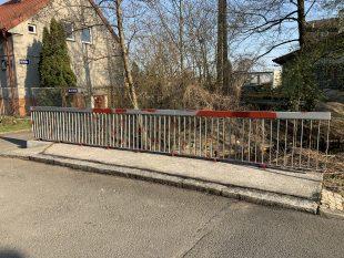 (FOTO) Údržba mostku na ul. Božetěchova