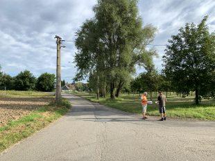 ČEZ začíná na ulici Bažanova vtěchto dnech překládat elektrické vedení