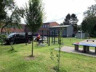 (FOTO) Dětský domov vOstravě-Hrabové má vlastní workoutové hřiště