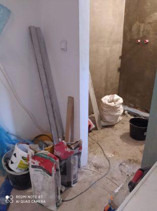 Za zpackaný postup rekonstrukce koupelny žádná omluva, vysvětlení adokonce ani kompenzace?