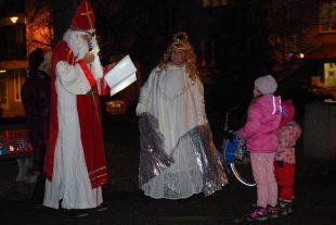 (FOTO) Mikuláš, anděl ačert na šídloveckém náměstí