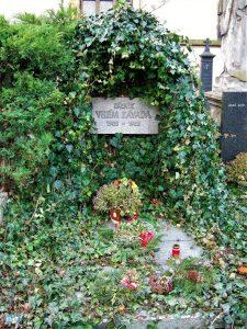 Hrob básníka Viléma Závady | Foto: Ludmila Janoušková