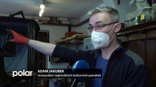TV Polar: Ostravští restaurátoři renovují historický kočár ze zámku Fryštát