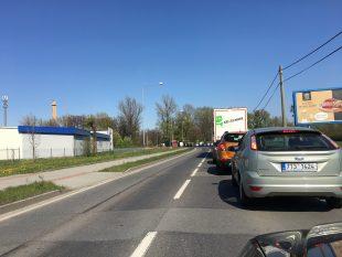 Kruhový objezd učerpací stanice Shell vOstravě-Hrabové