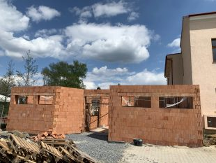 (FOTO) Přístavba kulturního sálu (duben/květen)