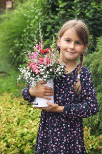 Hance se zahradou pomáhá manžel i dvě jejich dcery